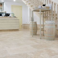 IS Lydia Classico Tumbled Travertine 10 x 10cm