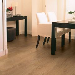 Quick-Step Classic Natural Varnished Oak Planks